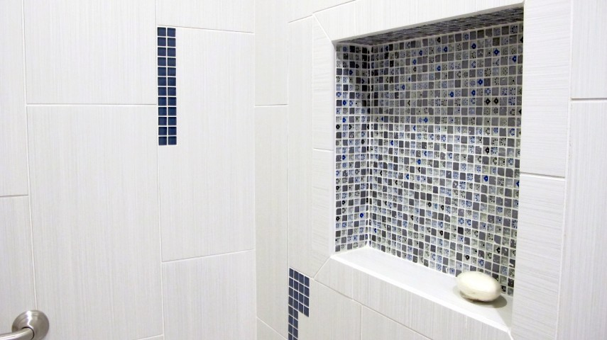 Dal Tile niche artistry marvel shower fabrique 12x24 blanc linen color wave mosaic twilight blue 5/8x5/8 and 1x1 mosaic tile porcelain glass bullnose edge