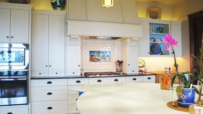 Kitchen backsplash rixi 2.5 x 5 field tile Linen Oregon Tile and marble white cabinets quartz countertops blue island cape cod