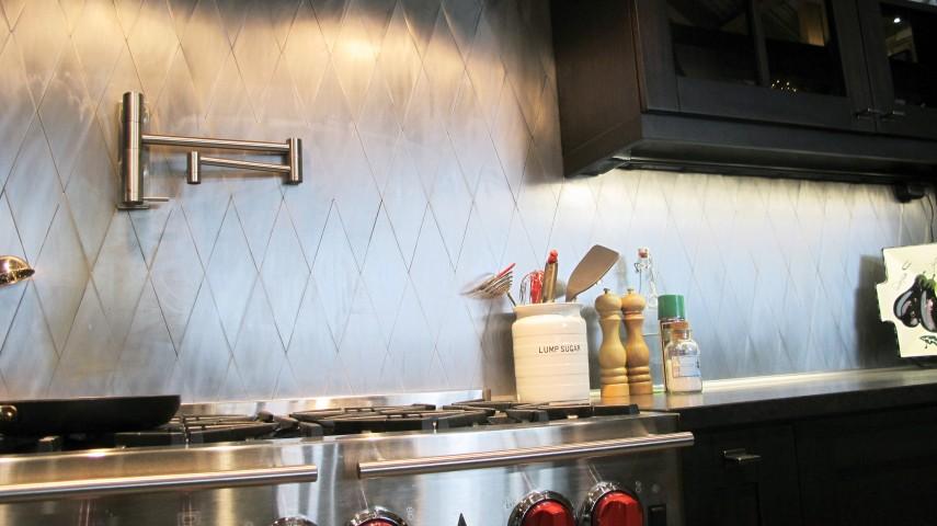 Kitchen gas range with metal backsplash refurbished