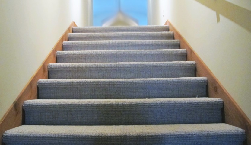 Stairs caress artisan dartmoore shaw industries berber stair wrap wood trim to bonus room