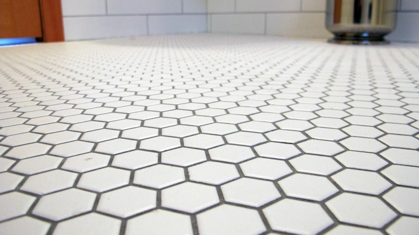 How to Tile a Bathroom Floor Bryan Baeumlers 10 Must