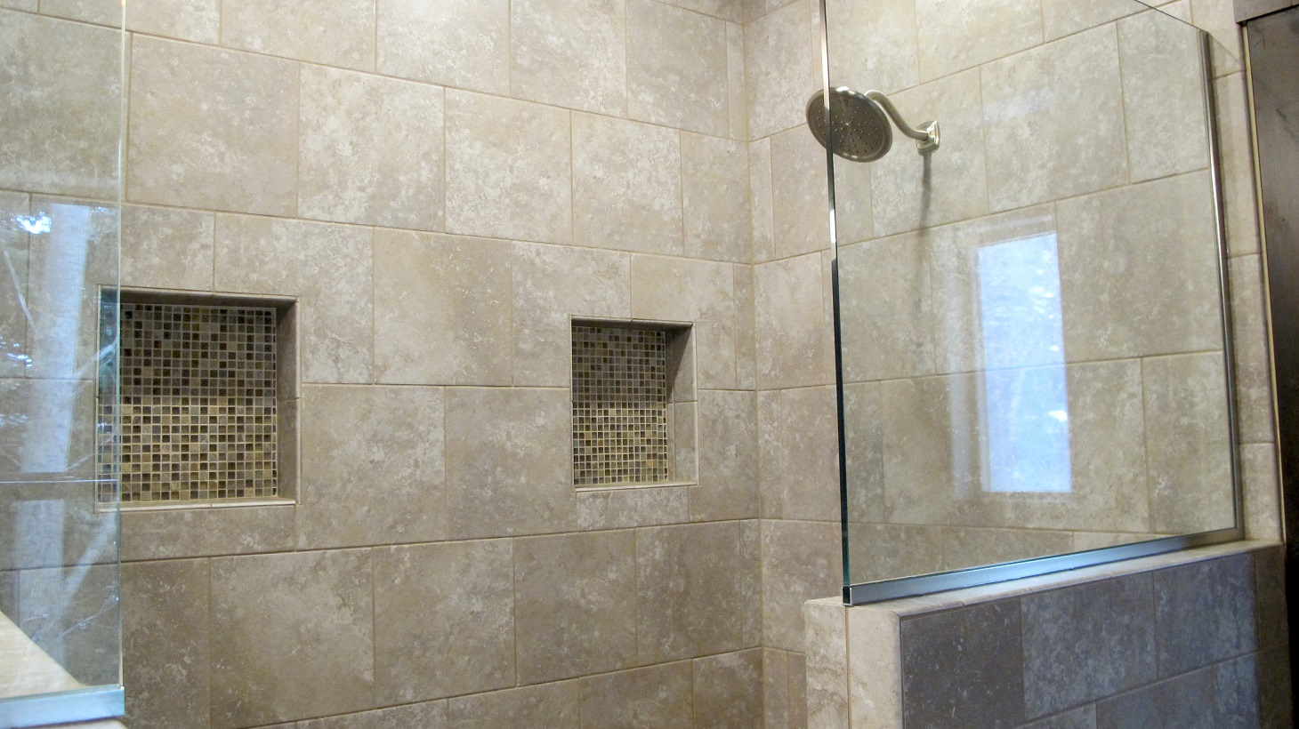 Shower Master Bathroom suite glass partition walk-in niche Daltile Sandalo Castillian Gray with Stone Radiance Saddle blend
